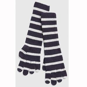 Gap Cozy Navy & White Stripe Smartphone Gloves